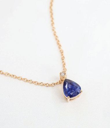 Pendant with gemstone