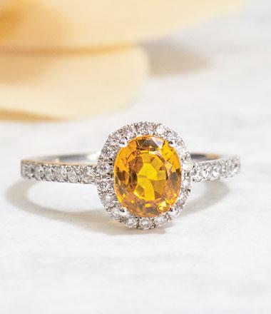 Ring with gemstone